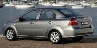 chevrolet aveo 1.5 lt 4-door