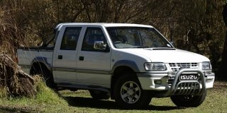 isuzu kb 220 d/cab le  (r/cd)