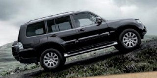 mitsubishi pajero 3.2 did gls lwb satnav at