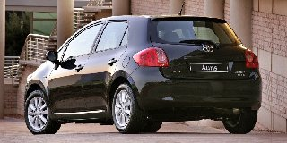 toyota auris 2.0 d-4d rs