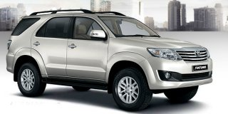toyota fortuner 4.0 4x4 at