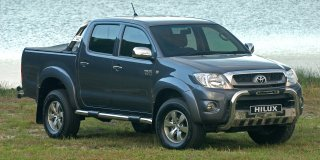 toyota hilux legend 4.0 v6 d/cab 4x4 raider at